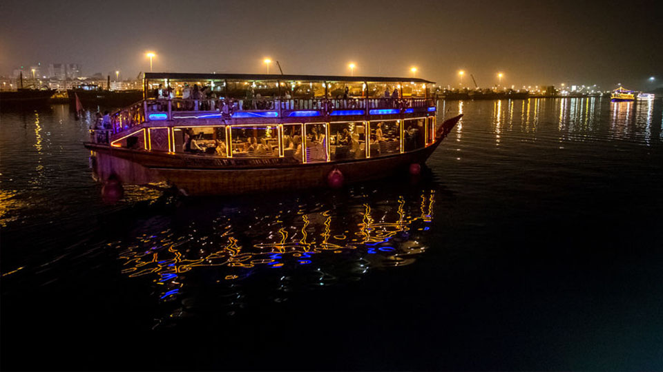 Dubai Creek diner cruise