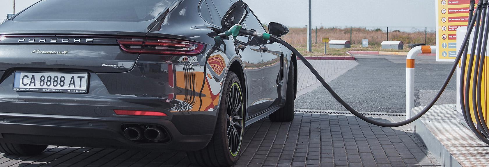 Benzine en diesel prijzen in Dubai